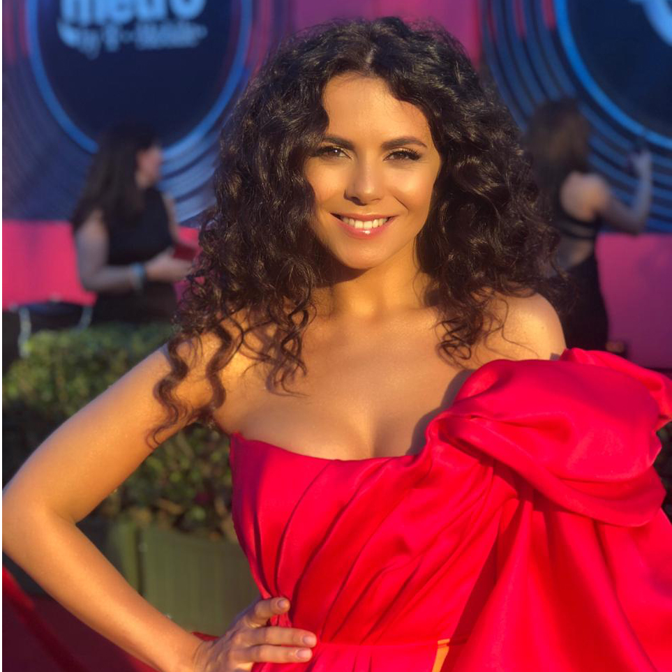NK at the 19th Annual Latin Grammy Awards